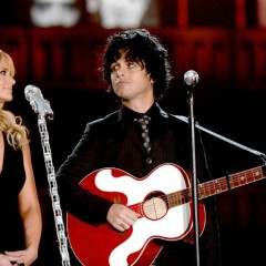 Miranda Lambert Helps Grammys Honor Phil Everly [VIDEO]