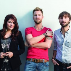 Lady Antebellum Witnesses Surprise Marriage Proposal [VIDEO]