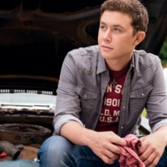 Scotty McCreery Steps Up To Help Newtown, Connecticut